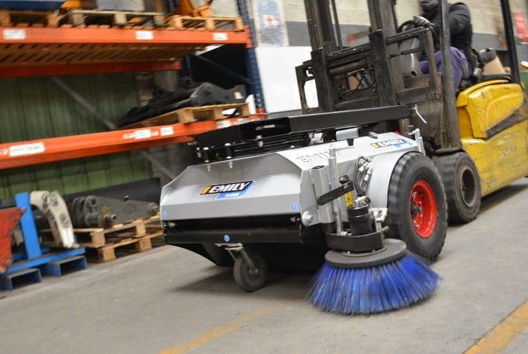 Indoor forklift sweeper collector Star'clean